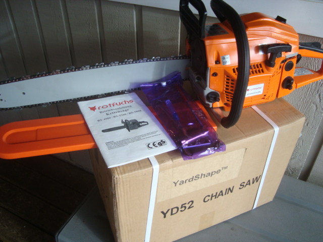 "YardShape Gas 52cc Chainsaw 20"" Bar"